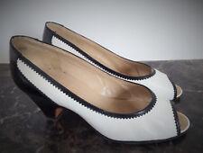 Escarpins Vintage Bally Blanc et Marine petit talon Année 80 Pointure 2.5 (35.5)