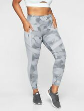 Athleta All In Camo 7/8 Tight,Cobblestone Grey Heather SIZE MP M P   #353822 T01