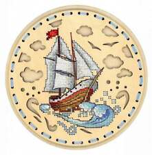 Embroidery on a wooden base kit Sliver by MP Studio O-022 - Towards the wind