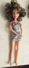 Liv Doll Spin Master dressed/w brunette wig