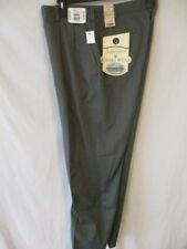 St. Johns Bay 100% Cotton Gray 32 x 32 Pleated Relaxed Olive Khakis NEW w/Tags