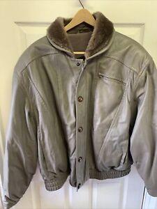 BALLY Mens Leather Jacket Fur Collar Zipper/button Size 46