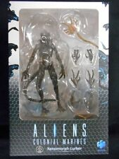 "Aliens colonial marines ""xenomorph lurker"" action figure (black) new"