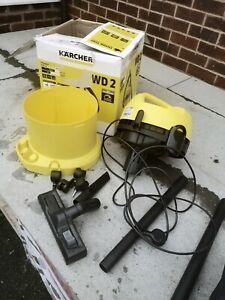 Karcher WD2 Wet & Dry Vacuum Cleaner 1000W 240V body broken on the bottom need f
