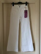 BNWT OASIS WHITE POPPY JEANS  HIGH WAISTED FIT AND FLARE STRETCH SZ 10  L 32 NEW