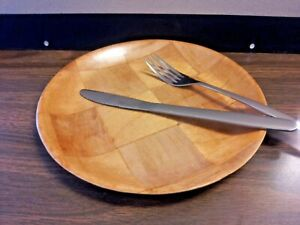 """(THREE PER PACK) DINNER/SERVING PLATE 9"""" WOODWEAVE/TOXIC SAFE"""