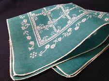#5591🌟Vintage 40s Floral Geometric Kelly Green Trellis Pocket Handkerchief