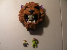 """Vintage 1993 Mighty Max """"Grapples With"""" BattleCat Compact & 2 Figures"""