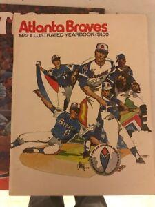 1972 Atlanta Braves OFFICIAL BASEBALL YEARBOOK