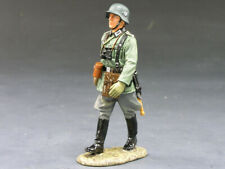 King & Country WS095 German Marching Officer - Thomas Gunn Collectors Showcase