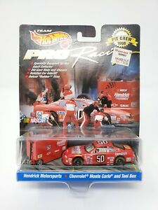 1998 Hot Wheels Pro Racing Pit Crew #50 Hendrick Motorsports NASCAR 1:64 Chevy