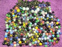 massive lot 385 VINTAGE & ANTIQUE MARBLES, Glass,galaxy, clay ,swirl + more !!