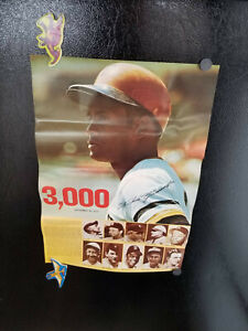 1973 ROBERTO CLEMENTE 3000TH HIT BASEBALL POSTER 12x17-1/2 PITTSBURGH PIRATES