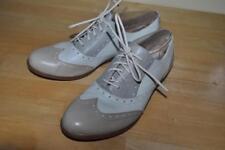 Women's B.O.C Born Tan/Ivory Leather Lace Up Wingtip Oxfords Shoes Sz 8.5M / 40