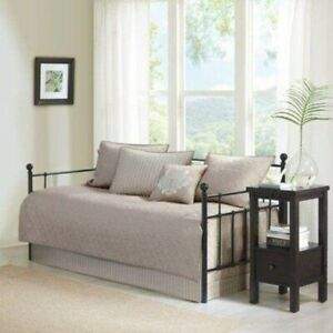 Madison Park Quebec 6 Piece 75x39in Daybed Set