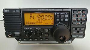 ICOM IC-R75 Communication Receiver. TOP.