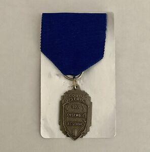Florida District Solo Ensemble Festival Medal Award Pin Blue Bronze vintage