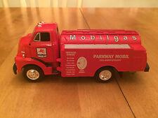 MOBILGAS PARKWAY, 1952 GMC FUEL TANKER, STOCK #29-1446