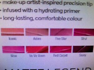AVON Creme Legend lipstick SAMPLE SIZE - NEW