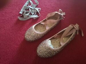 Gorgeous Pink Sparkly Party Shoes size UK 2, EU 34.5