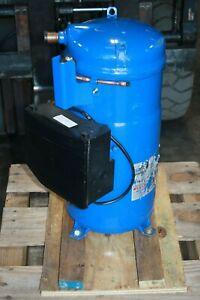 New 2.7 Ton Danfoss Scroll Compressor PSH039A4CLDM Liquid Injection Heat Pump