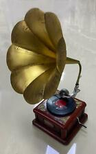 Vintage Bronze Red Color Phonograph Antique Handmade Gramophone For Decoration