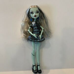 """Monster High Original Ghouls Frankie Stein Doll 1st First Wave 11"""" Fashion Doll!"""