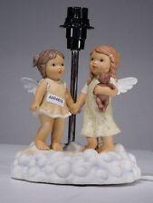 +# A004874 Goebel Archiv Lampenfuß Limpke Nina & Marco, zwei Engel und Teddy