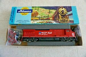 Athearn AC4400 Canadian Pacific CP Rail Diesel Locomotive HO scale Vintage