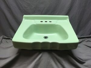 Vtg Mid Century Ceramic Jadeite Green Porcelain Scalloped Bath Wall Sink 329-20E