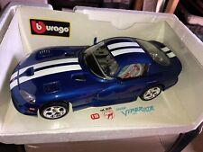 Burago 1/18 Scale diecast - 3030 Dodge Viper GTS Coupe 1996 blue white stripes