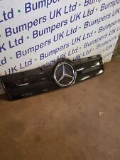 Mercedes Actros MP4 A 960 751 1018   FRONT GRILLE SECTION  AND BADGE