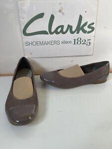 Clarks Comfy Leather Flat Shoes Size UK 8 EU 42