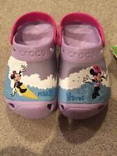 Youth/girl Crocs Disney Minnie Mouse Making Waves Slip on clog sandals J2 Purple