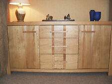 SOLID OAK SIDEBOARD, SOFT CLOSE DOORS GREAT CONDITION...EX CHAPMANS OF NEWCASTLE
