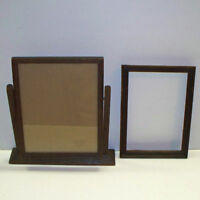 2 ANTIQUE Vintage ARTS & CRAFTS Wooden FRAMES Frame OAK