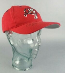 Autographed Tampa Bay Buccaneers NFL Football Hat Signed by Players