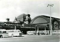 uralte AK, Dresden, Hauptbahnhof mit Busse und Straßenbahn
