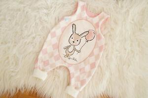 ♥ Baby-Strampler, Gr. 56, handmade Unikat, Newborn, Geburtsgeschenk,Hase Pippa ♥