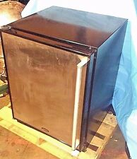 Marvel 6ada2007 commercial Compact Refrigerator 24 inch 4.9 CF stainless