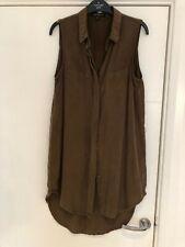 Women's Velvet Heart sleeveless khaki shirt dress. Size Small (8/10)