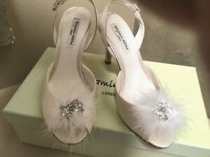 "NIB BENJAMIN ADAMS "" LANA"" $239 open toe feather slingback SILK IV heel shoes 8"