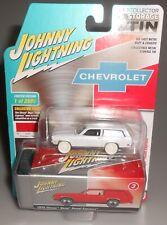 Johnny Lightning WHITE LIGHTNING 1972 Chevy Vega Panel Express Storage Tin 2020