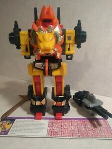 Transformers Razor Claw G1 1986 complete figure with spec card