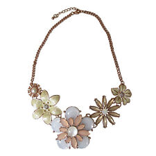 Collier rosegolden Blumendesign Wunderschön Statement Kette Blogger
