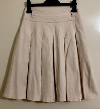 Ladies CUE Cream Pin Striped Pleated Skirt. Size 6. EUC