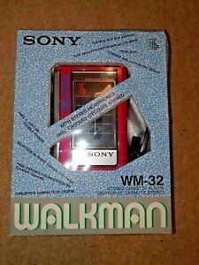 Rare Vintage 1980s Sony Walkman WM-32 Cassette Player - Original Packaging