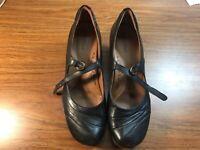 "Earth Spirit Classics Clara Black Leather Mary Jane Pumps 2.5"" Heel Shoes Sz 11"