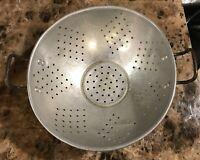 "Vtg 9 1/2"" Diameter Aluminum Footed Strainer Colander 7 Diamonds Pattern As Is"