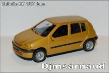Renault Clio 2, Phase 1, 5 portes, 1998-2001 Jaune Paille Métal Ech HO SAI 2278